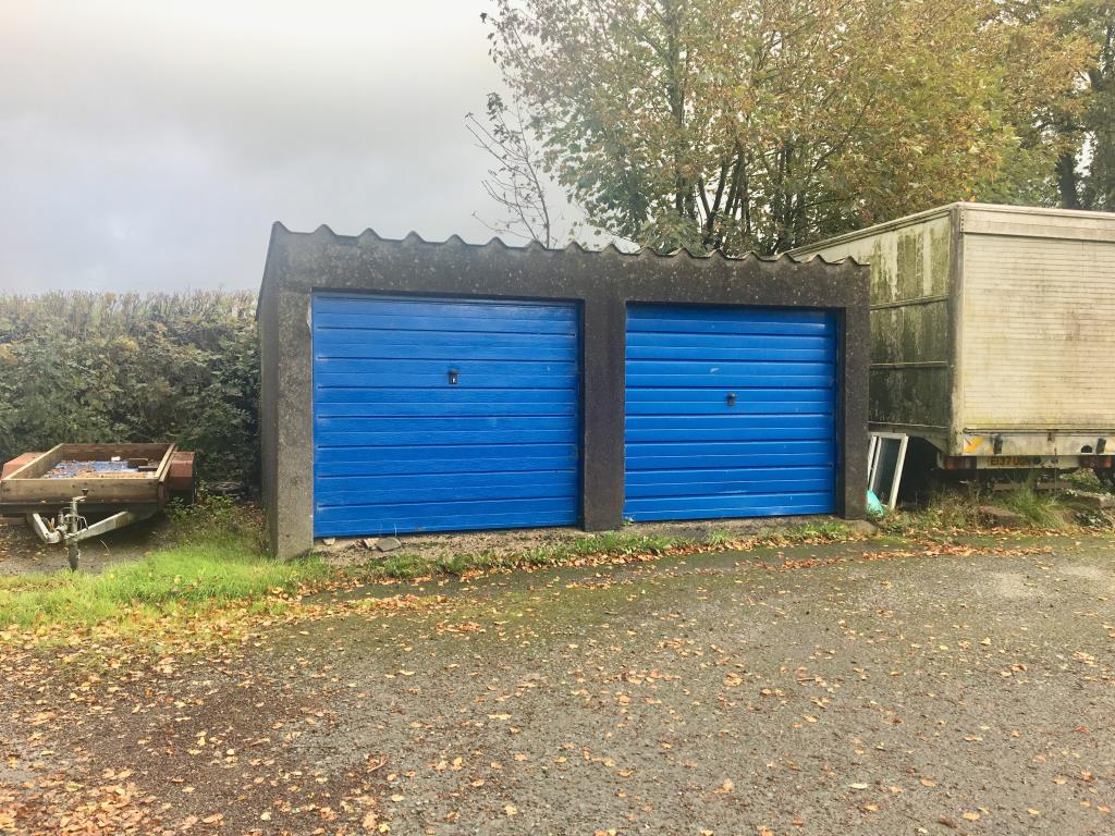 Garages - Holsworthy