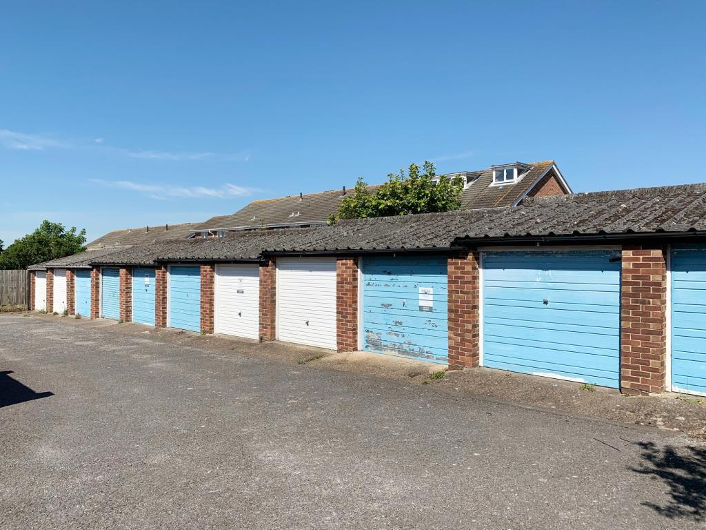 Garages - Hamble