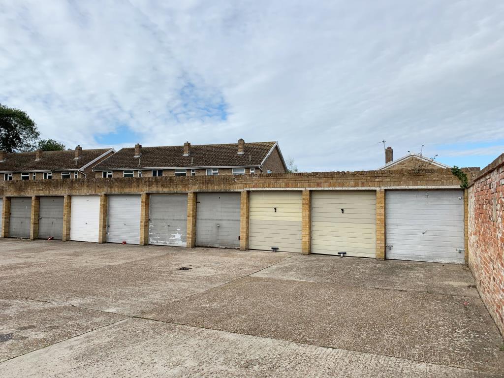 Garages - Hastings