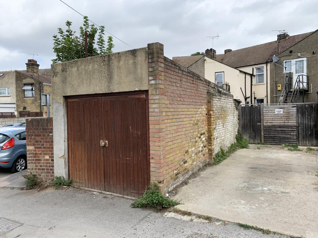 Vacant Commercial - Thurrock Area