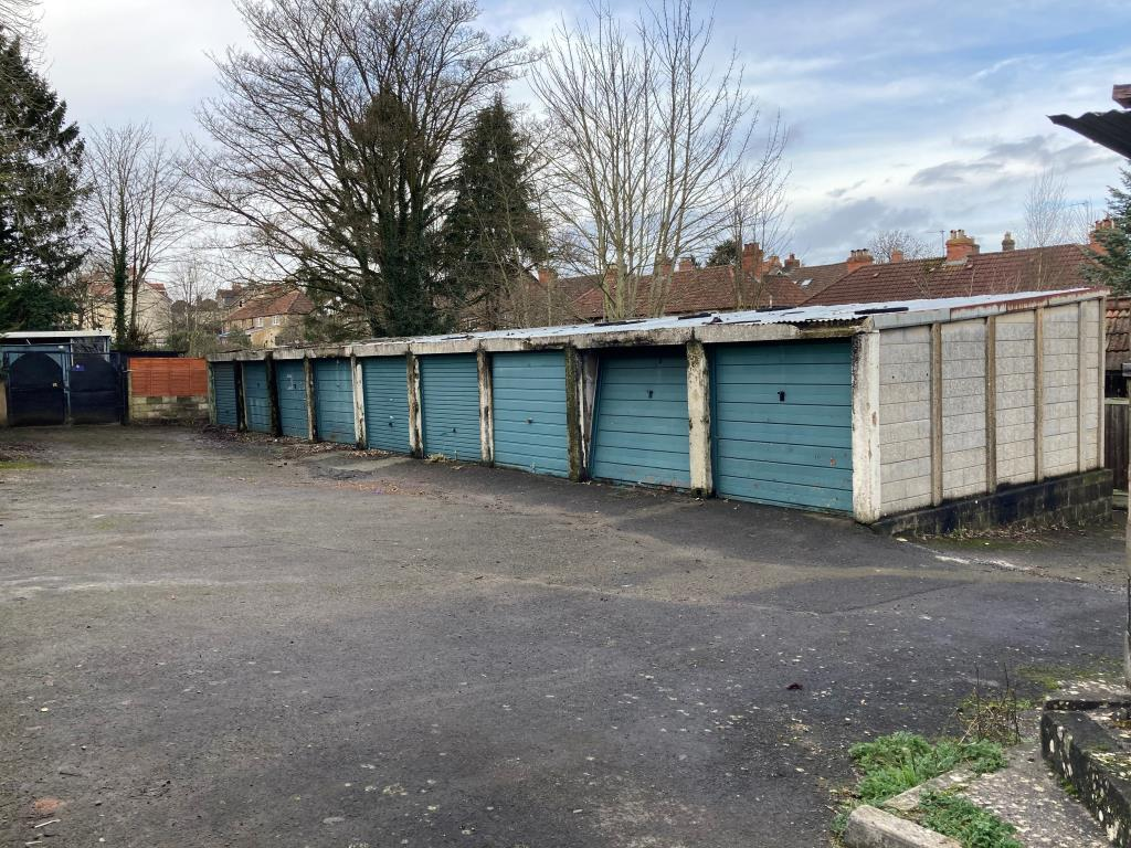 Garages - Frome